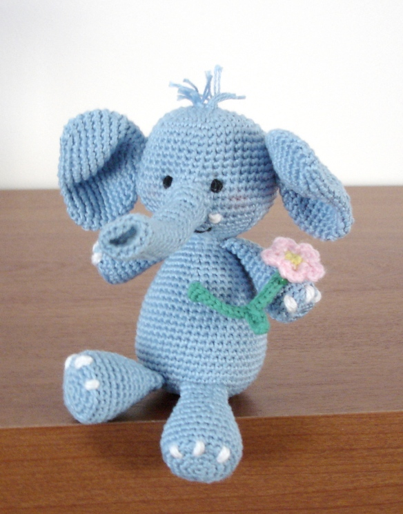 Ella The Elephant Free Crochet Pattern : Ella the elephant and her boy friend AmigurumiBBs Blog