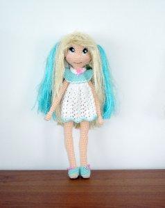 https://amigurumibb.files.wordpress.com/2014/04/bratz-inspired-doll.pdf
