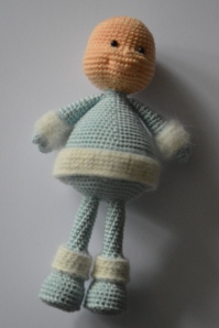 Winter Doll - AmigurumiBB